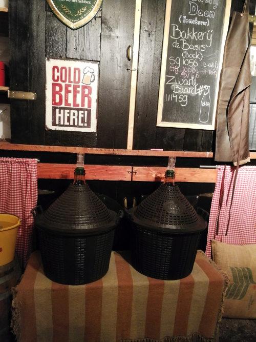 Gistvaten klaar voor gebruik bij Brouwerij Daan